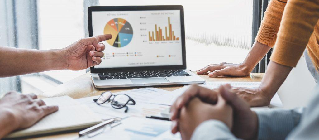 Análisis de información, Outsourcing